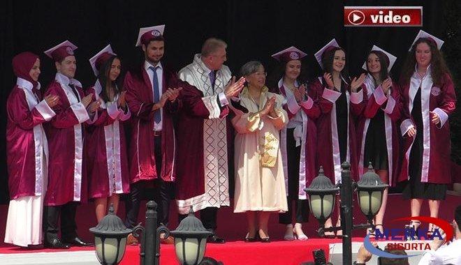 Aydın Üniversitesi'nde mezuniyet coşkusu!video